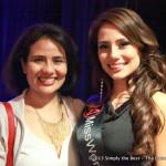 The beautiful Laura Guzman alongside her beautiful sister.