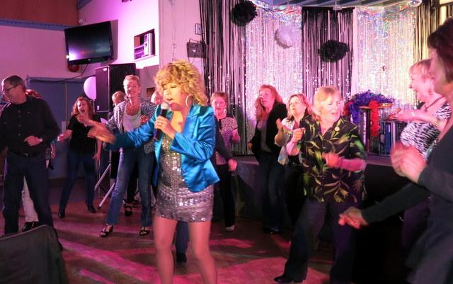 WHITE ROCK Legion 2014IMG_5360 Luisa Marshall Tina Turner Tribute Impersonator Lookalike BC Tour 2014